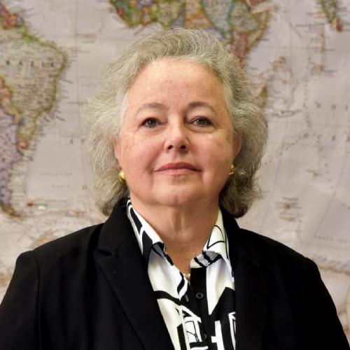 Embaixadora Dulce Barros